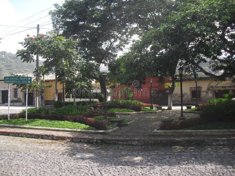 EL Calvario de banlieue dans la ville coloniale de l'Antigua Guatemala 5 image stock