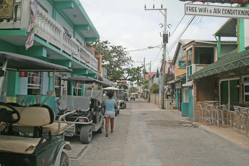 El caminar en San Pedro fotografía de archivo