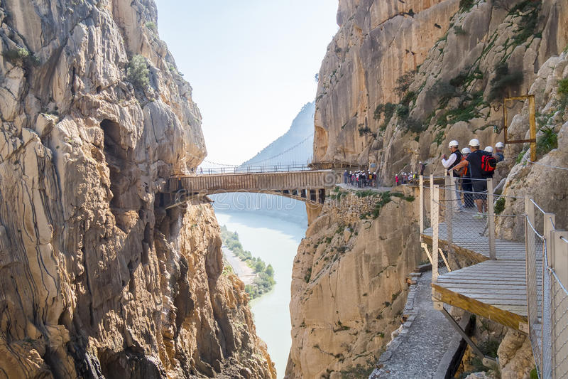 «EL Caminito del Rey» (λίγη πορεία του βασιλιά), παγκόσμιος ο περισσότερος κίνδυνος στοκ εικόνες