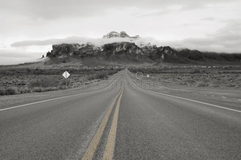 El camino al Superstitons fotografía de archivo