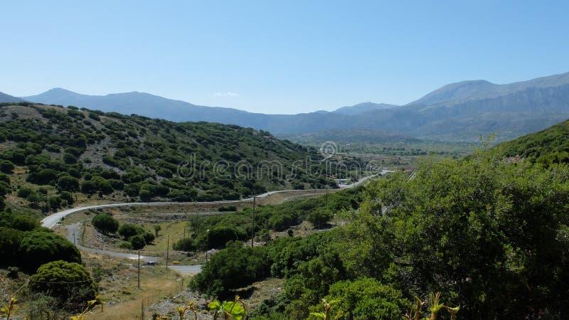 El camino al valle imagen de archivo