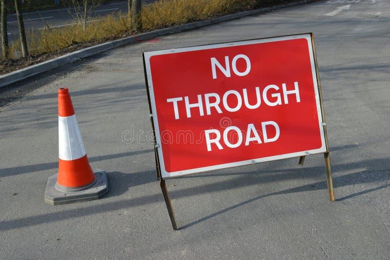 El camino bloqueó foto de archivo