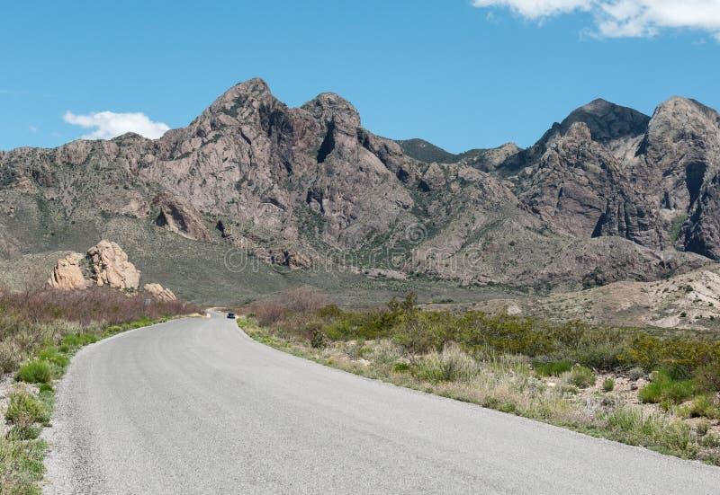 El camino a Dripping Springs en New México fotos de archivo libres de regalías