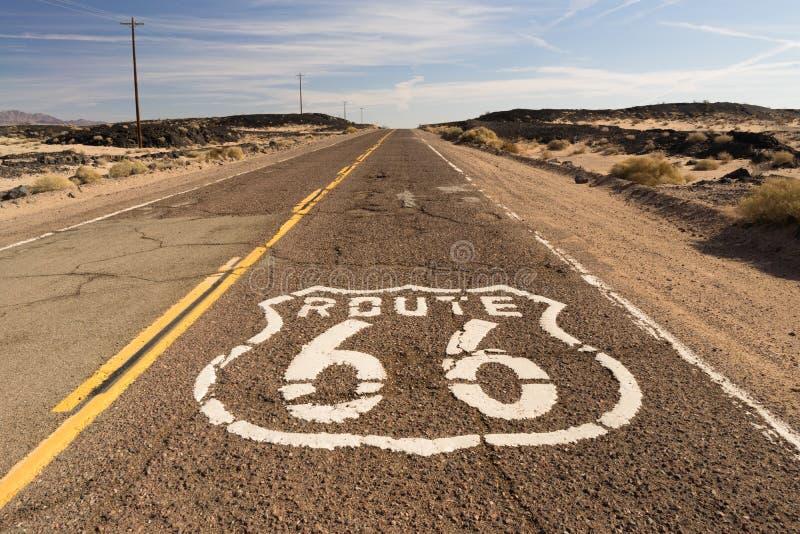 El camino histórico de la ruta 66 todavía sobrevive en el sudoeste fotos de archivo