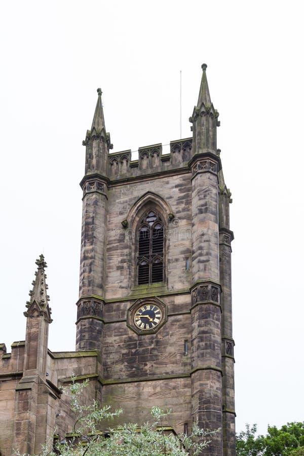 El campanario de alimenta la iglesia de monasterio foto de archivo