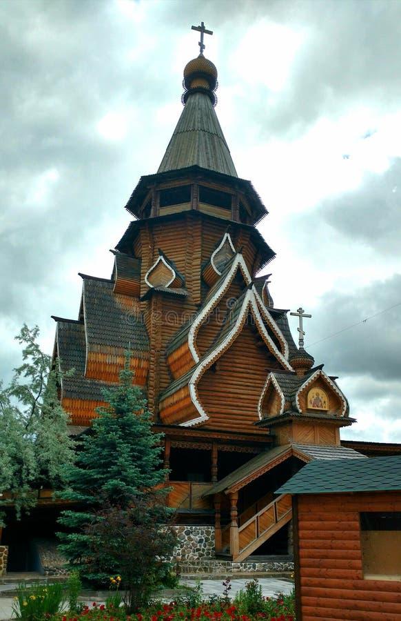 El campanario es de madera imágenes de archivo libres de regalías