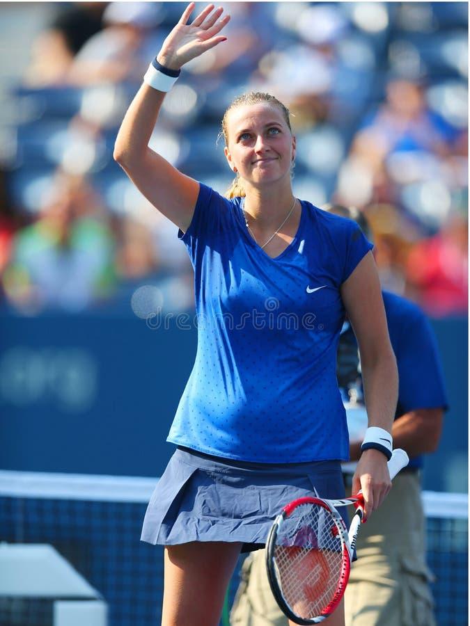 El campeón Petra Kvitova del Grand Slam de dos veces celebra la victoria después del US Open 2014 foto de archivo libre de regalías