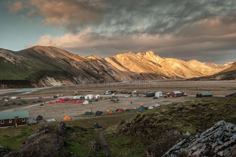 El campo en el ` Islandia de Lannmannalaugir del ` fotos de archivo libres de regalías