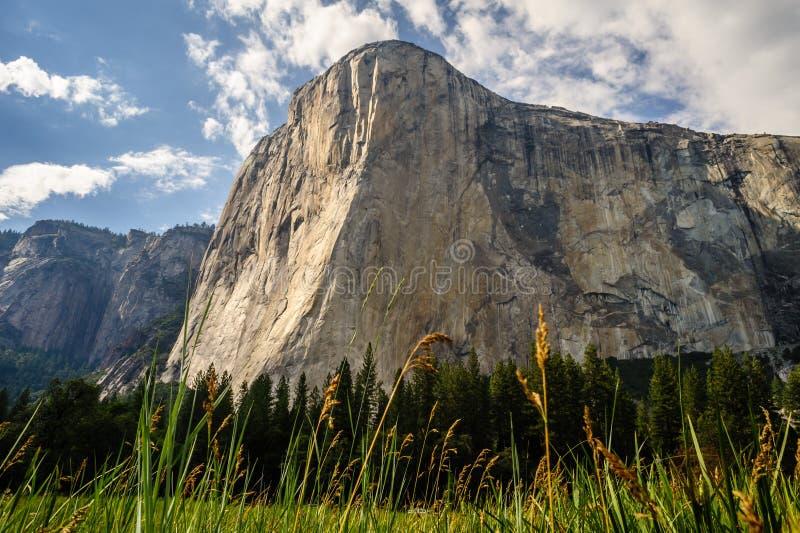 EL Capitan en parc national de Yosemite photographie stock