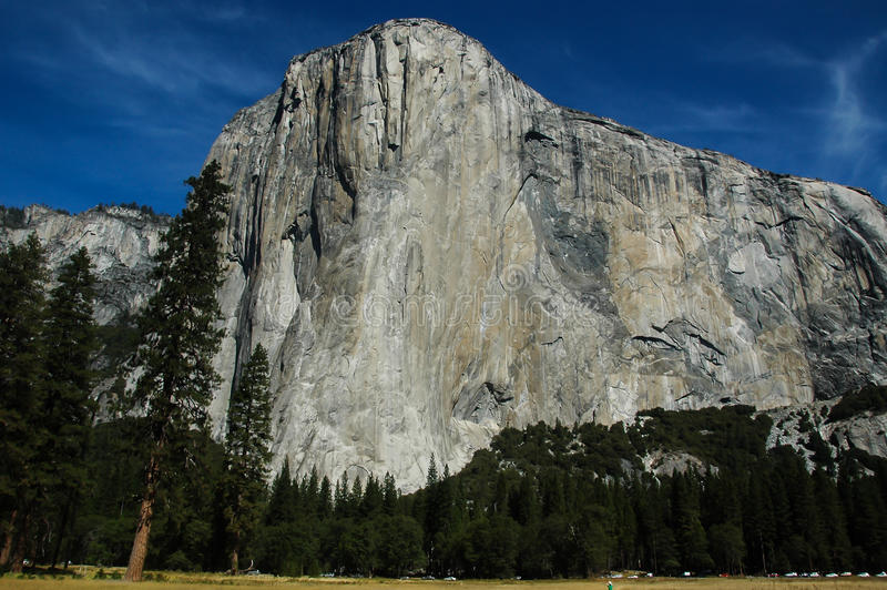 El capitan in Yosemite, front. Frontal view of El Capitan of Yosemite stock photography
