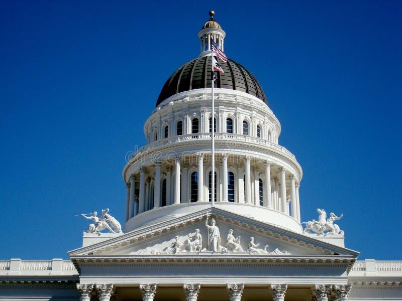 El capitolio de la tapa de California imagenes de archivo