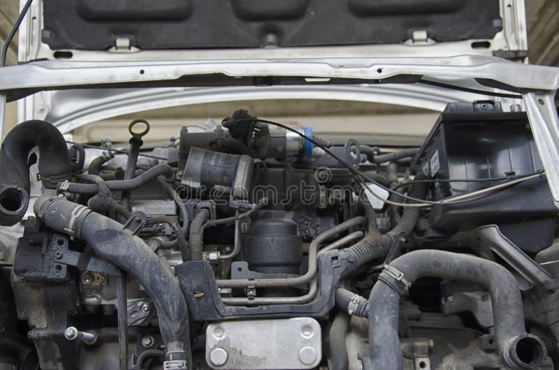El capo del motor de un coche estrellado imágenes de archivo libres de regalías