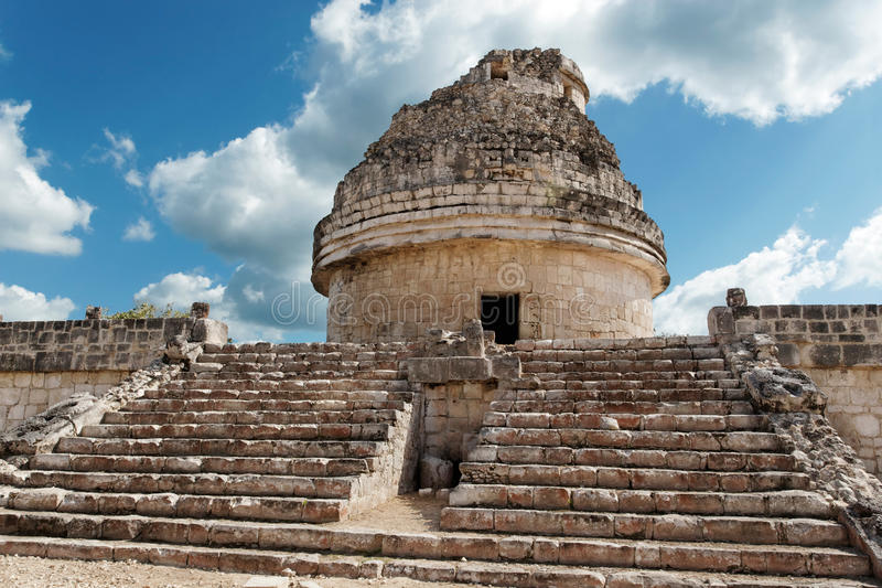 Download El Caracol, Chichen Itza stock photo. Image of blue, itza - 20451370