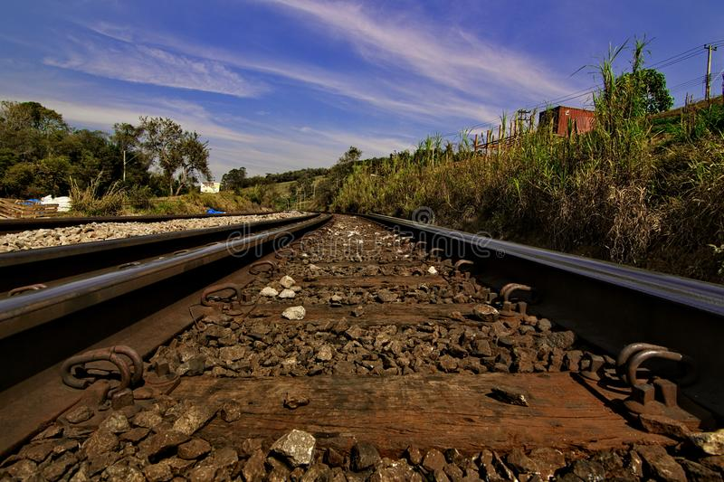 El carril del tren imagenes de archivo