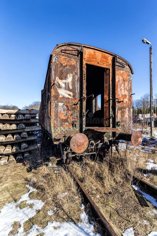 El carro ferroviario imagenes de archivo
