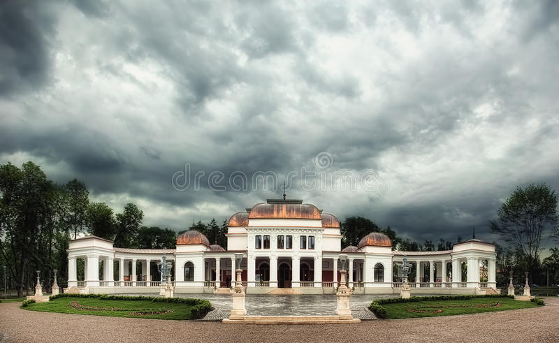 El casino en Cluj Napoca, Rumania fotos de archivo libres de regalías