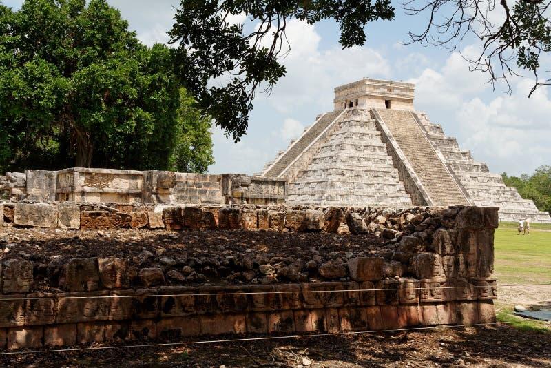 Download El Castillo Chichen Itza Mexico Stock Photo - Image: 3800958