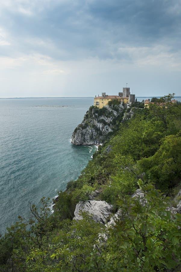 El castillo de Duino, Italia fotografía de archivo