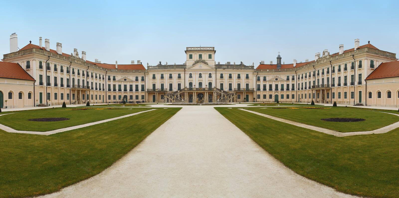 El castillo de Esterhazy fotos de archivo