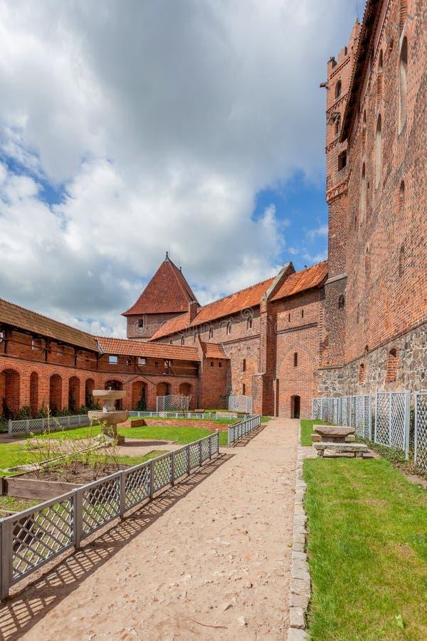 El castillo de la orden teutónica en Malbork imagenes de archivo