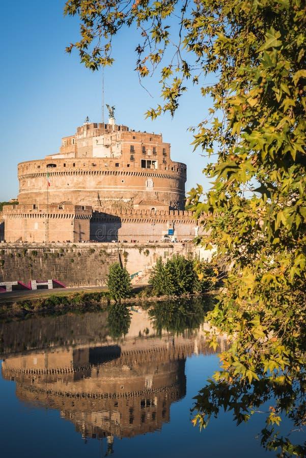 El castillo de Roma por un día soleado fotografía de archivo