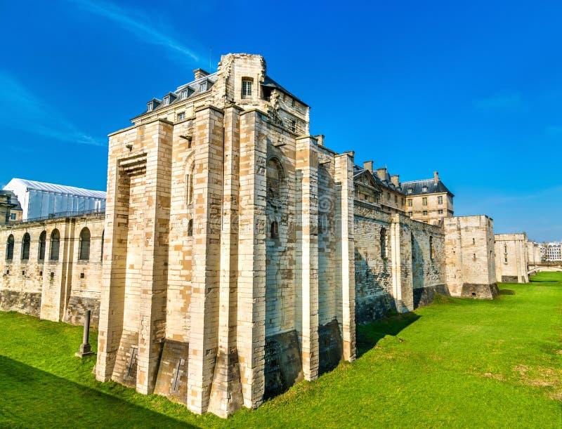 El castillo francés de Vincennes, una 14ta y del siglo XVII fortaleza real cerca de París en Francia imágenes de archivo libres de regalías