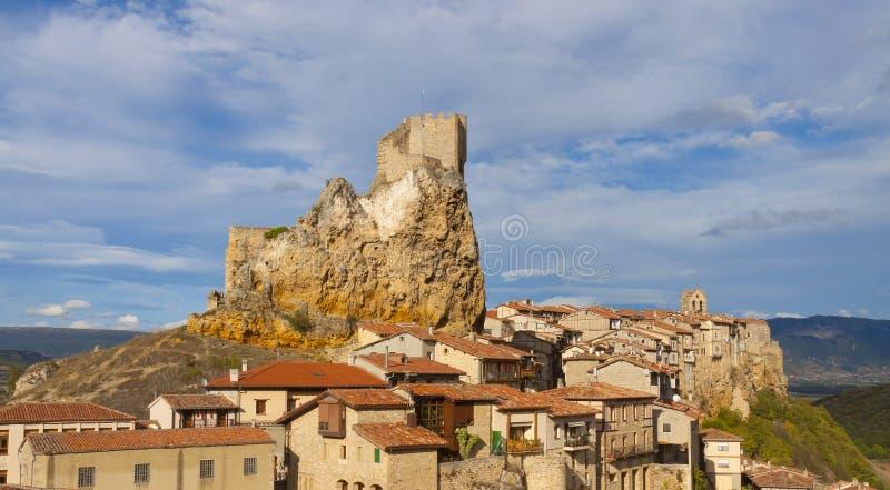 El castillo Frias de la ciudad es un español imagen de archivo libre de regalías