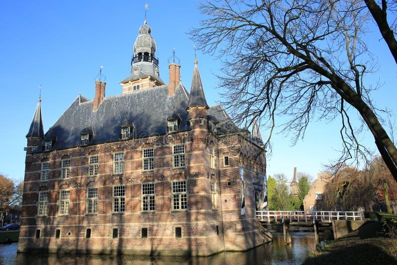 El castillo histórico Wijchen en la provincia Güeldres, los Países Bajos imagenes de archivo