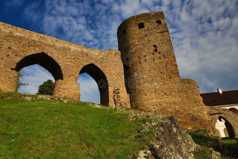 El castillo romántico de Velhartice Situado en el bosque bohemio, el castillo fue poseído por el ek del ¡de BuÅ de Velhartice imágenes de archivo libres de regalías