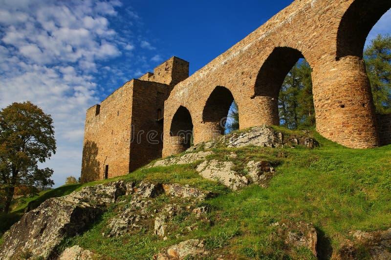 El castillo romántico de Velhartice Situado en el bosque bohemio, el castillo fue poseído por el ek del ¡de BuÅ de Velhartice fotos de archivo libres de regalías
