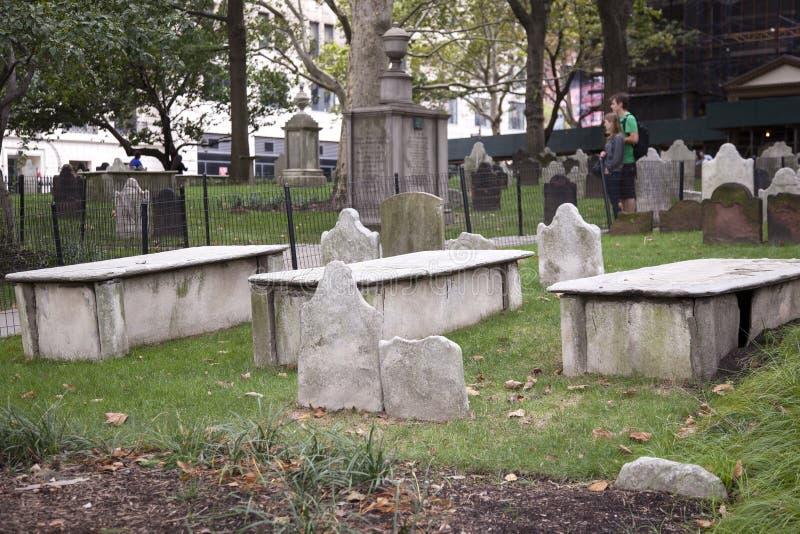 El cementerio de San Pablo cerca del punto cero en New York City imagenes de archivo