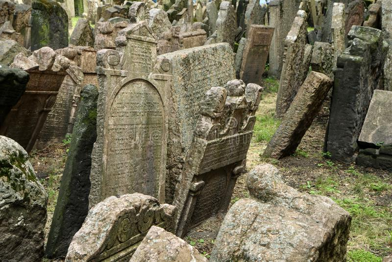 El cementerio judío muy viejo imágenes de archivo libres de regalías