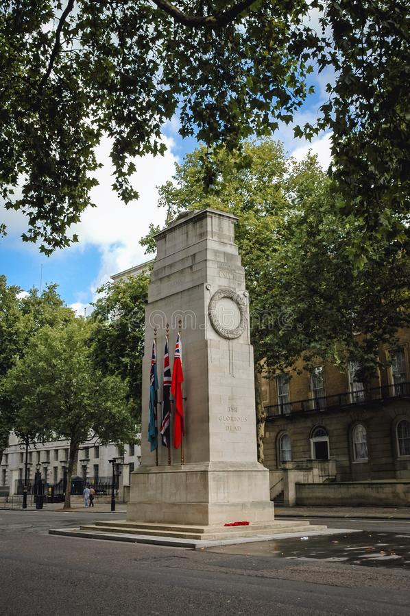 El cenotafio en Londres foto de archivo