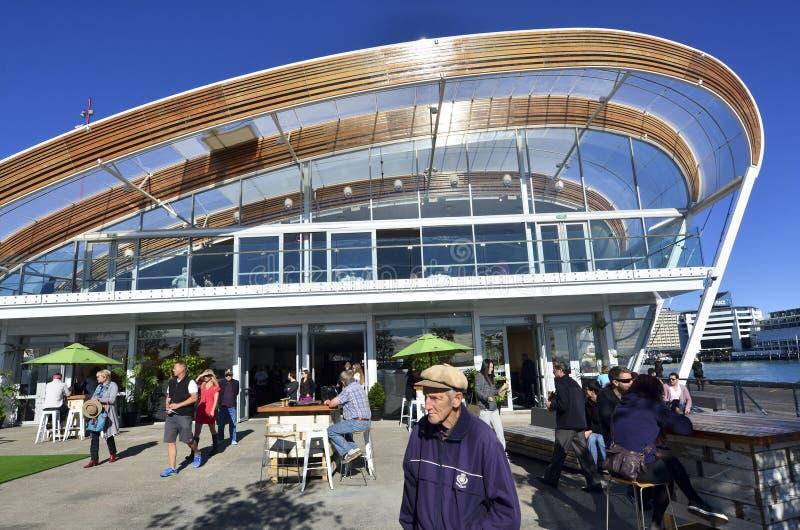El cente del evento de la nube en la costa de Auckland - Nueva Zelanda fotografía de archivo