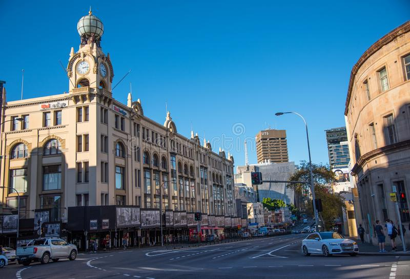 El centro comercial de Broadway es uno del edificio ic?nico en Sydney que se abri? en 1923 Está situado en del mes pasado foto de archivo libre de regalías