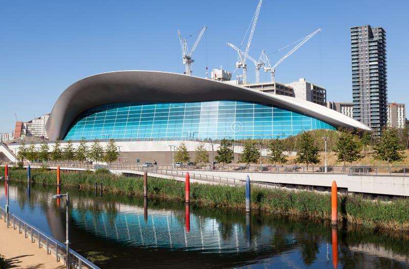 El centro de los Aquatics de Londres imágenes de archivo libres de regalías