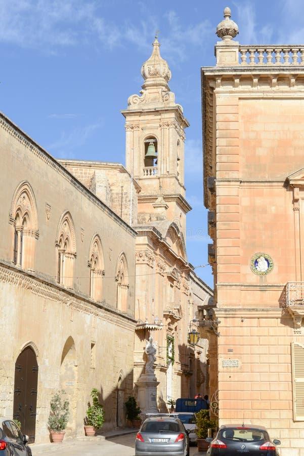 El centro de Mdina, una ciudad medieval fortificada en Malta imagenes de archivo