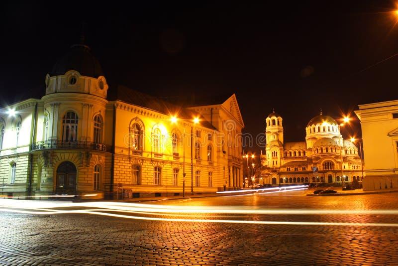 El centro de Sofía, Bulgaria por noche imágenes de archivo libres de regalías