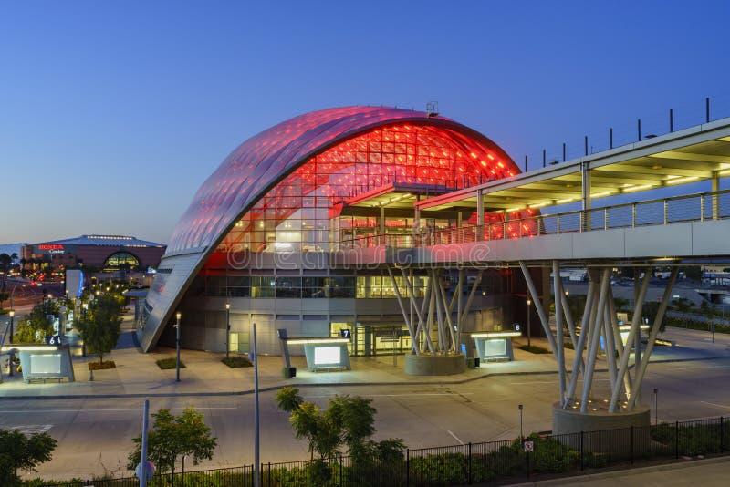 El centro intermodal regional hermoso del tránsito de Anaheim imagen de archivo