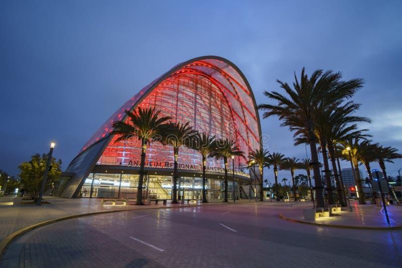 El centro intermodal regional hermoso del tránsito de Anaheim imágenes de archivo libres de regalías