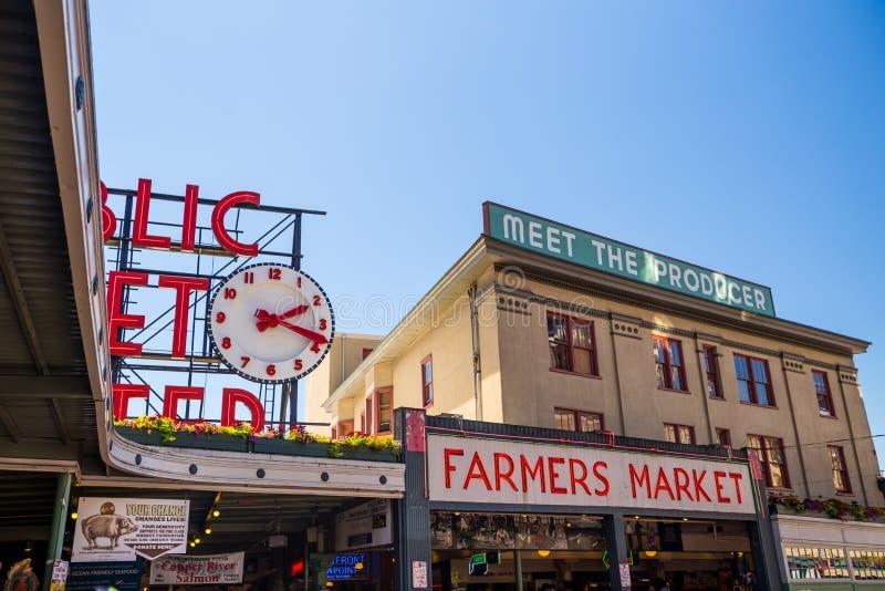 El centro Seattle del mercado público imágenes de archivo libres de regalías