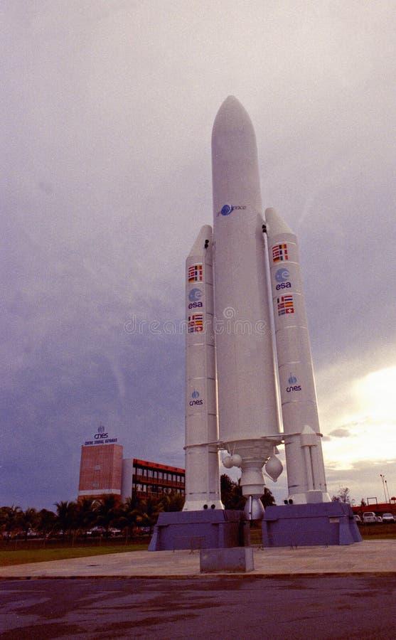El centro Spacial de la misión espacial de la unión europea en Kourou: La rampa del comienzo para el transbordador espacial fotos de archivo libres de regalías
