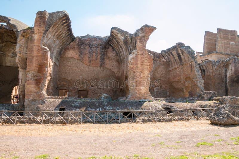 Download El Chalet De Hadrian, Chalet Del Roman Emperor El ', Tivoli, Fuera De Roma, Italia, Europa Foto de archivo - Imagen de histórico, atracción: 64212980