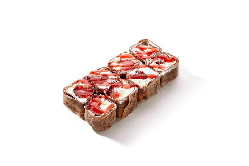 El chocolate Maki Sushi Pancake Rolls con las frutas se cierra para arriba fotografía de archivo libre de regalías