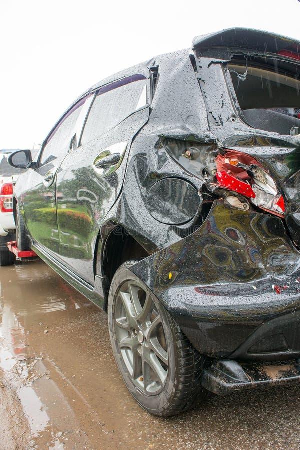 El choque de coche del accidente, choque de coche sucede a menudo fácilmente si el neglige imagen de archivo