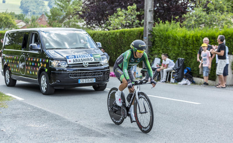 El ciclista Yukiya Arashiro - Tour de France 2014 imagenes de archivo