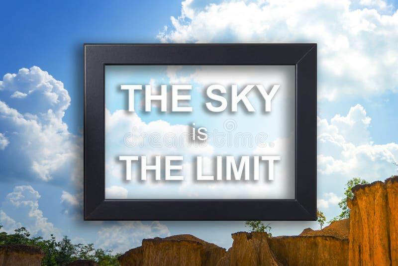 El cielo es el concepto de la motivación del límite en marco foto de archivo