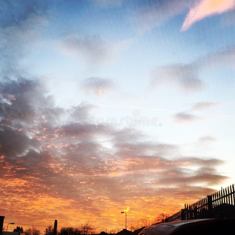 El cielo no es el it& x27 del límite; s la visión fotos de archivo