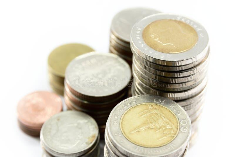 El cierre encima de la goma de las monedas de plata está en línea como disciplina foto de archivo libre de regalías