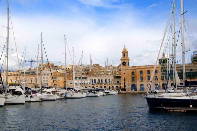 El Clocktower en puerto magnífico en La Valeta Malta imagen de archivo libre de regalías